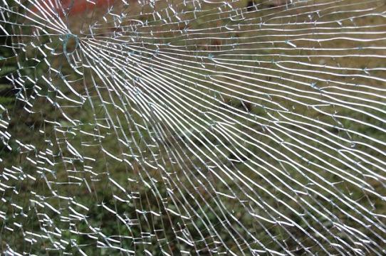 glass-446857_640